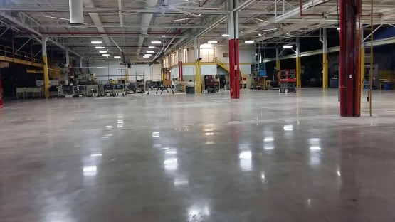Polished-Concrete-Floors-At-Hart-Cooley-11