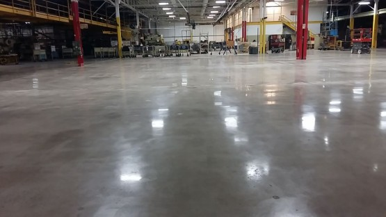 Polished-Concrete-Floors-At-Hart-Cooley-9