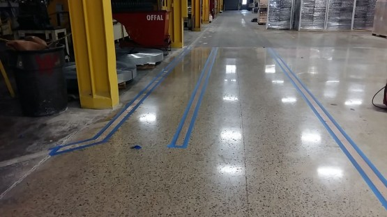 Polished-Concrete-Floors-At-Hart-Cooley-12
