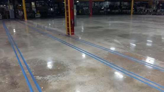 Polished-Concrete-Floors-At-Hart-Cooley-13
