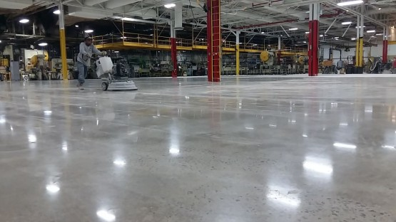 Polished-Concrete-Floors-At-Hart-Cooley-2
