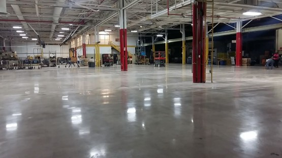 Polished-Concrete-Floors-At-Hart-Cooley-7